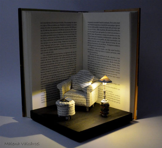 Sculpture Book Nook